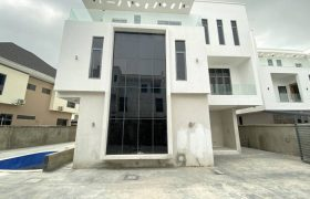 5 BEDROOM FULLY DETACHED DUPLEX AT OSAPA FOR SALE