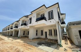 4 BEDROOM TERRACE AT SECOND TOLL GATE FOR SALE