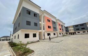 4 BEDROOM TERRACE AT IKATE FOR SALE