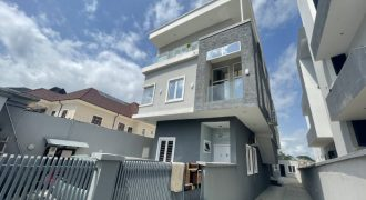3 BEDROOM APARTMENT AT IKATE FOR RENT (Back House)