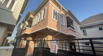 5 BEDROOM FULLY DETACHED DUPLEX AT CHEVRON FOR RENT