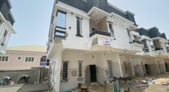 4 BEDROOM SEMI DETACHED DUPLEX AT 2ND TOLL GATE FOR SALE