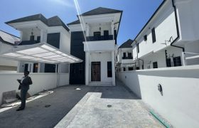 CONTEMPORARY 5 BEDROOM DETACHED DUPLEX AT OSAPA FOR SALE