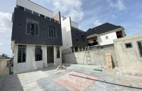 5 BEDROOM FULLY DETACHED AT IDADO FOR SALE
