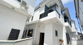 4 BEDROOM FULLY DETACHED DUPLEX AT CHEVRON FOR SALE
