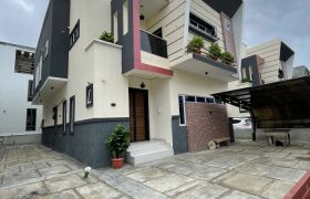 4 BEDROOM FULLY DETACHED DUPLEX AT ORCHID FOR SALE