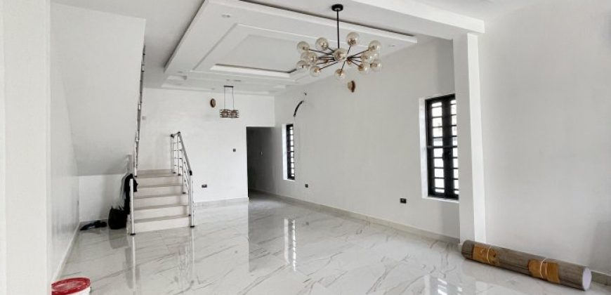 5 BEDROOM DETACHED HOME AT AGUNGI FOR SALE