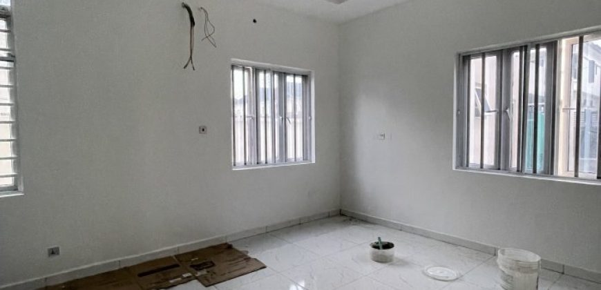 3 BEDROOM APARTMENTS AT OSAPA FOR SALE